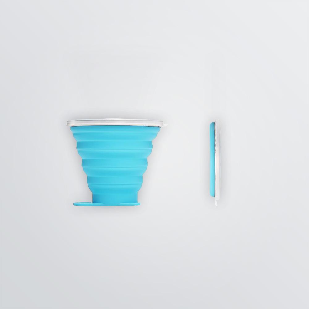 Faltbarer Silikonbecher mit Deckel zum Bedrucken - Farbbeispiel blau