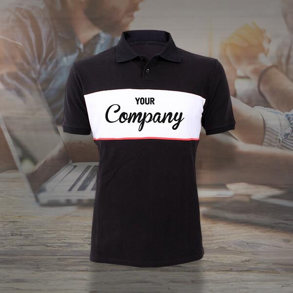 Bürotauglich: Schwarz-weißes Poloshirt mit Aufdruck