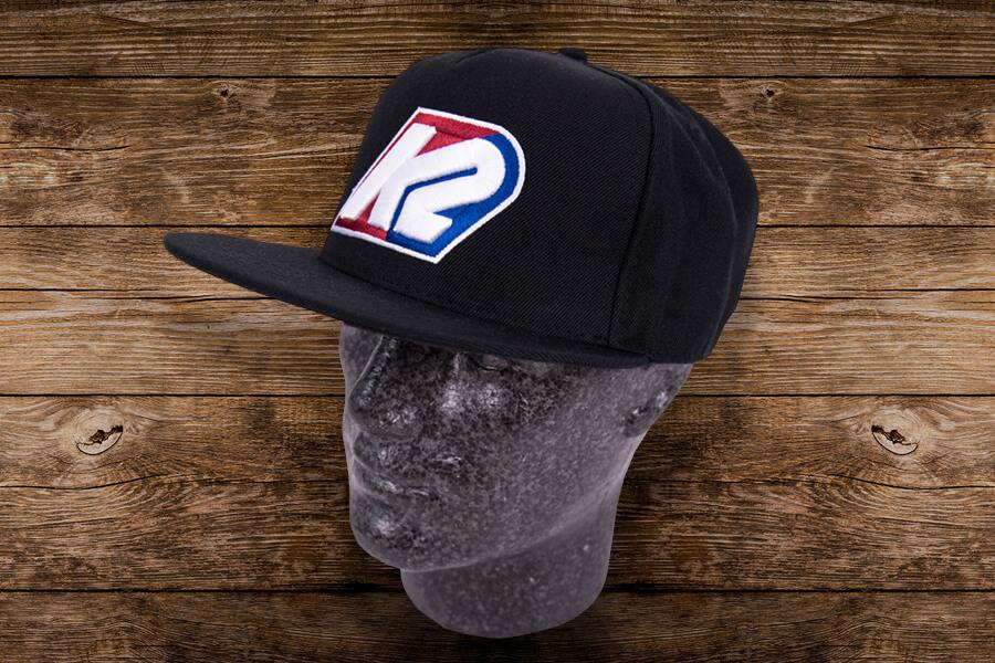 Bestickte Cap mit mehrfarbigem Logo
