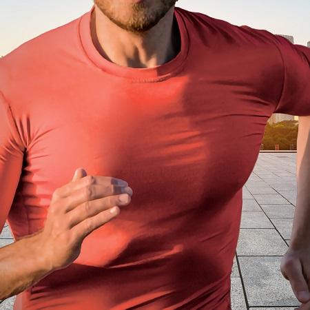 Basic Tech Shirt von KONABLE - Ein Funktionsshirt-Klassiker in der Farbe NEON-Coral