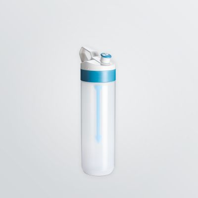 customisable Fuse bottle with fruitstick for spritzers in 450ml size and transparent