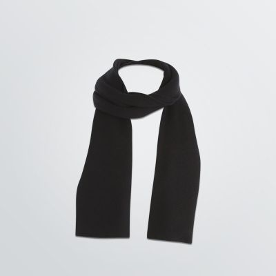 customisable Basic Scarf made in your desired material depicted in a black colour example